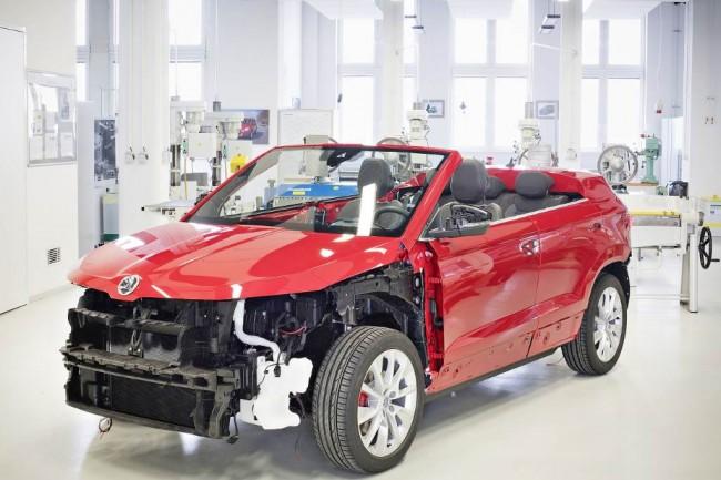 Концептуальный кросс-кабриолет на базе Skoda Karoq