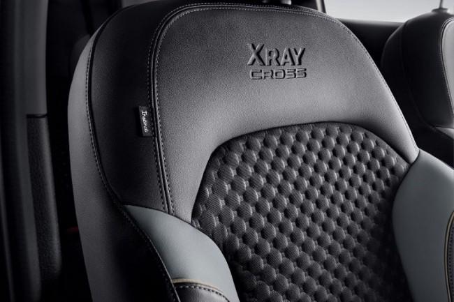 2020 Lada Xray Cross Instinct