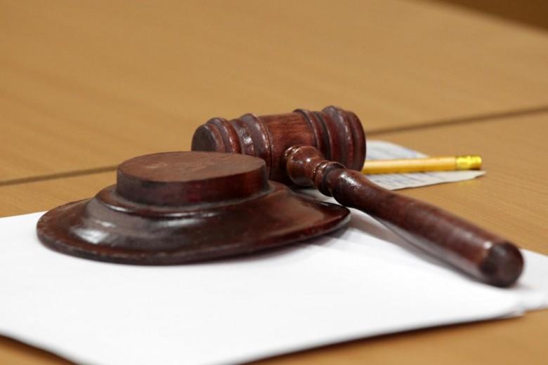 Государственная дума запретила требовать плату запарковку смашин служб