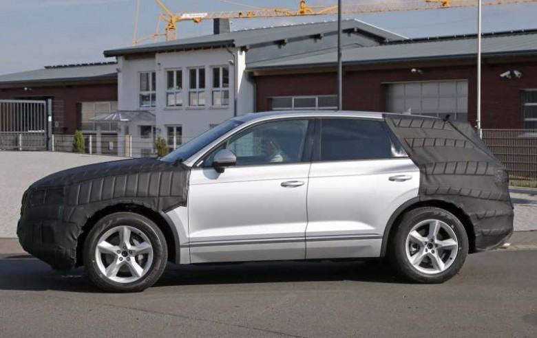 Новый вседорожный автомобиль VW Touareg презентуют весной 2018 года