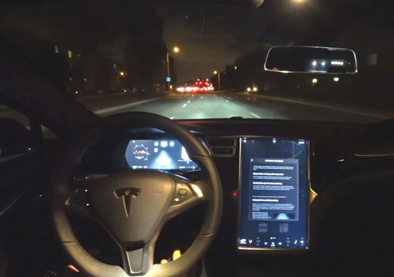 Tesla хочет  договориться осборке машин вКитайской народной республике