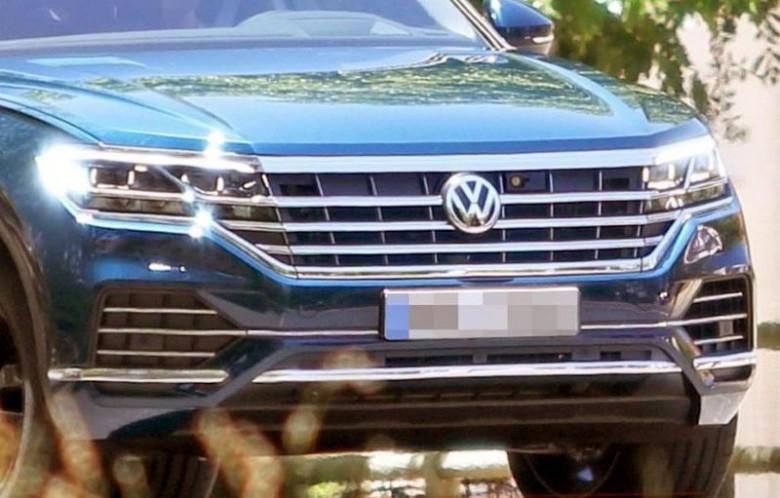 Стала известна дата премьеры нового VW Touareg