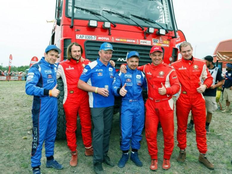 Путин поздравил команду «КамАЗ-мастер» спобедой вралли «Дакар-2018»