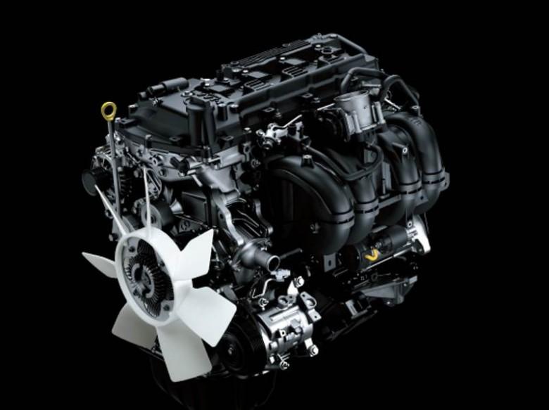 Бензиновая версия Тойота Fortuner поступила напродажу в РФ