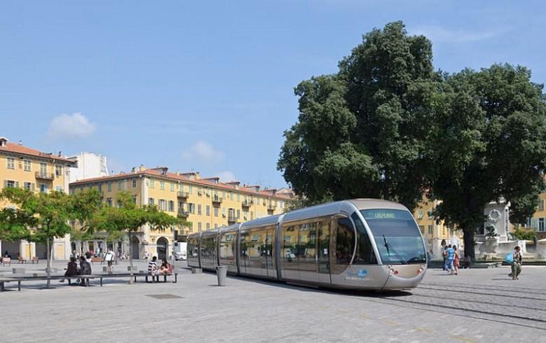 Трамвай в Ницце