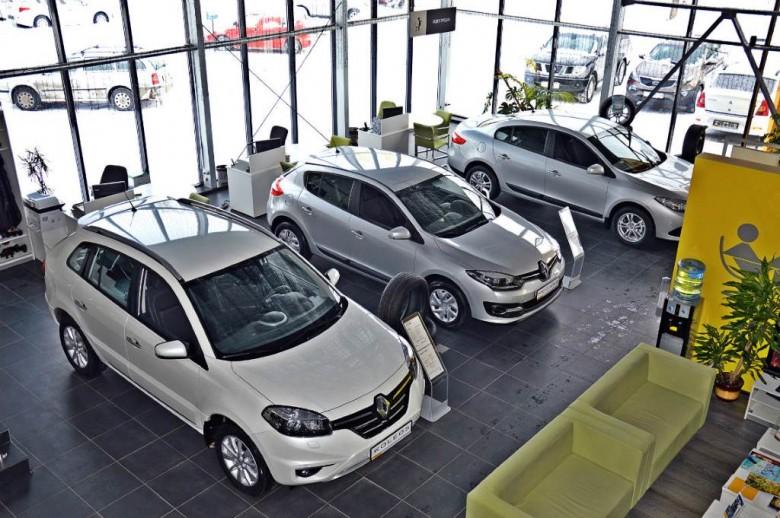 Программы господдержки обеспечивают половину продаж авто в Российской Федерации