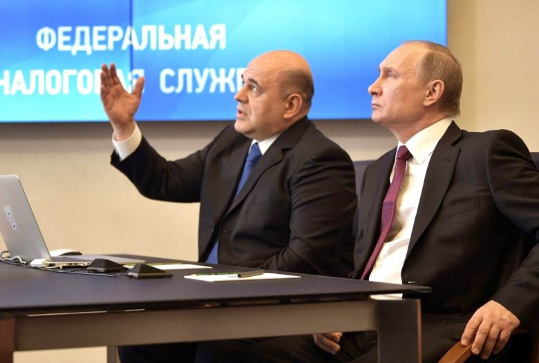 Путин простил долги граждан России поналогам— Выборы животворящие